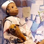 Photo Robert the doll