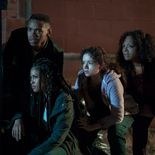photo, Lex Scott Davis, Joivan Wade, Lauren Vélez