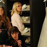 photo, Kirsten Dunst, Bachelorette, Lizzy Caplan