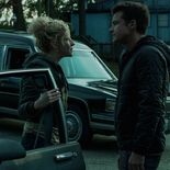 Photo Julia Garner, Jason Bateman