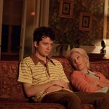 photo, Asa Butterfield, Gillian Anderson