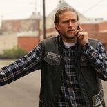 photo, Charlie Hunnam