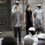 photo, Josh Hutcherson, Jennifer Lawrence