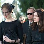 photo, Mia Wasikowska, Nicole Kidman