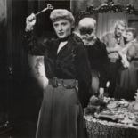 photo, Barbara Stanwyck