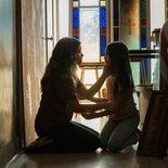 photo, Gina Rodriguez, Ariana Greenblatt