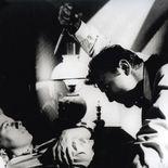 photo, Shelley Winters, Robert Mitchum