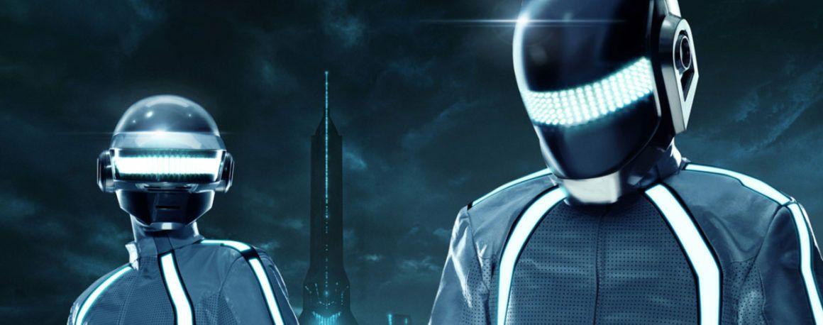 Daft Punk : 5 preuves que le groupe mythique a été façonné par et pour le cinéma - ÉcranLarge.com