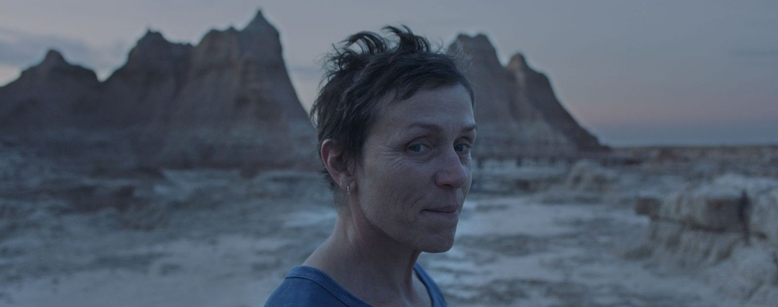 Nomadland : le film de Chloé Zhao censuré en Chine après une nouvelle polémique ? - ÉcranLarge.com