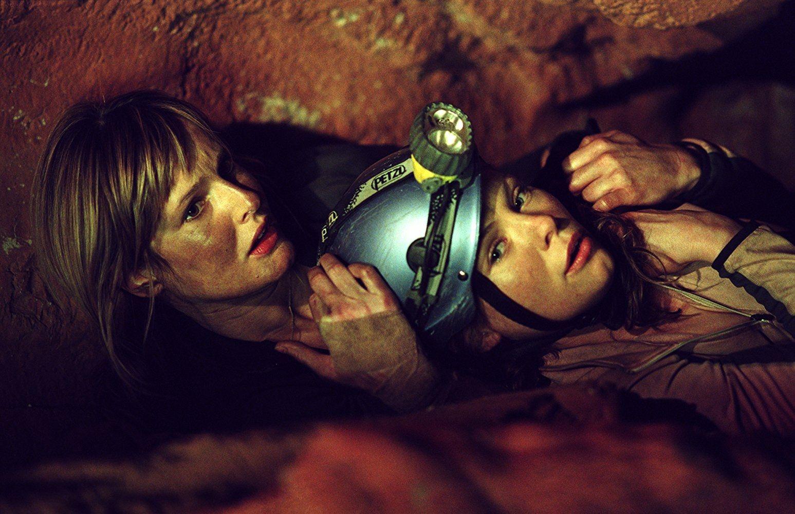 The Descent : critique des profondeurs - Critique Film - EcranLarge