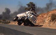 """Permis de tuer : Extrait """"course poursuite camion"""" VO"""