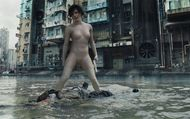 """Ghost in the Shell : Extrait 1 """"Water Fight"""" VO"""
