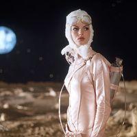 Le mal-aimé : CQ de Roman Coppola, entre Barbarella et Godard - ÉcranLarge.com