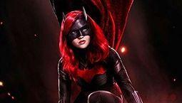 photo, Batwoman