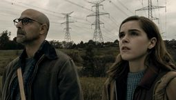 photo, Stanley Tucci, Kiernan Shipka