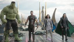 Photo Tessa Thompson, Chris Hemsworth, Tom Hiddleston, Mark Ruffalo