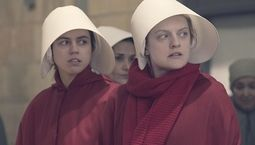 photo, The Handmaid's Tale, Elisabeth Moss