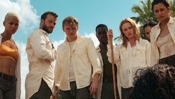 photo, Kate Bosworth, Kota Eberhardt, Kyle Schmid, Michelle Veintimilla