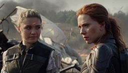 photo, Florence Pugh, Scarlett Johansson