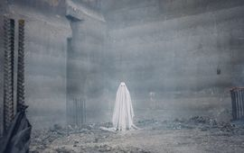 A Ghost Story : Casey Affleck hante Rooney Mara dans une bande-annonce envoutante