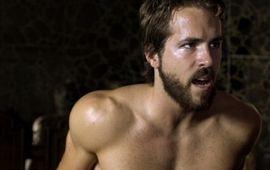 Ryan Reynolds va affronter des requins et des nazis chez le papa d'Evil Dead