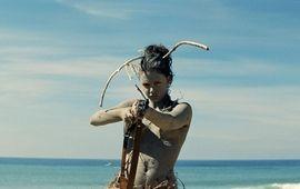 Ava : Critique à la plage