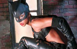 """Catwoman : le scénariste reconnait enfin que c'était """"un film de merde"""""""