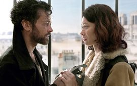 Dans la brume : Olga Kurylenko et Romain Duris au cœur d'une catastrophe mystérieuse dans la première bande-annonce