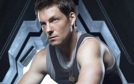 De Battlestar Galactica à une comédie avec Alexandra Lamy : Jamie Bamber, le WTF de la semaine