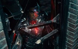 Justice League : Ray Fisher donne des détails flagrants sur le comportement raciste de Warner