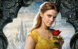 """Emma Watson fait scandale avec sa photo """"dénudée"""" pour Vanity Fair"""
