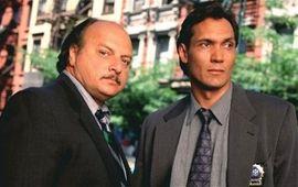 La cultissime série NYPD Blue aura bientôt droit à une suite