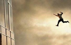 Skyscraper : Dwayne Johnson nous colle le vertige avec une nouvelle affiche impressionnante