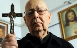 The Devil and Father Amorth : critique possédée