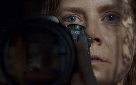 La Femme à la Fenêtre : le thriller paranoïaque avec Amy Adams dévoile une bande-annonce cauchemardesque
