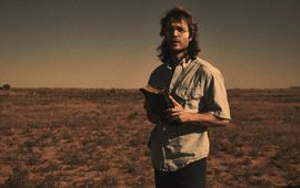 Waco : Taylor Kistch se prend pour Jesus dans la bande-annonce de la série sur le massacre de Waco