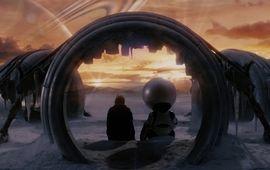 H2G2 - Le guide du voyageur galactique : critique qui a emporté une serviette