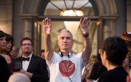 Independence Day, Le Jour d'après, 2012 : Roland Emmerich, le réalisateur qui détruit le monde