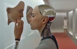 Ex Machina : critique robotique