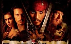 Le reboot de Pirates des Caraïbes a trouvé un scénariste du feu (nucléaire) de Dieu
