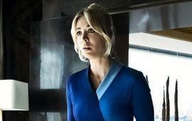 The Flight Attendant : un thriller mortel, drôle et parano avec Kaley Cuoco à savourer sur Warner TV