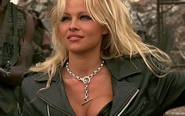 La série sur la sextape de Pamela Anderson se dévoile avec une Lily James méconnaissable