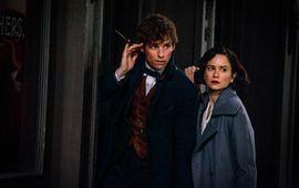 Les Animaux Fantastiques 2 : le cast prend la pose, dévoile le titre officiel et révèle le jeune Dumbledore