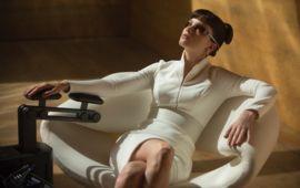 C'est Sylvia Hoeks, de Blade Runner 2049, qui va faire revivre la troublante Emmanuelle