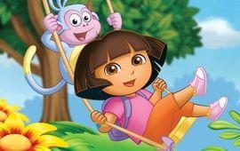 Tremblez, le film live Dora l'Exploratrice produit par Michael Bay dévoile sa première image