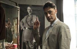 Jojo Rabbit : Taika Waititi, le réalisateur de Thor Ragnarok, se déguise en Hitler dans la première photo de son nouveau film