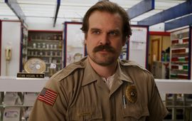 Stranger Things : David Harbour compare le retour de son personnage... à celui de Gandalf