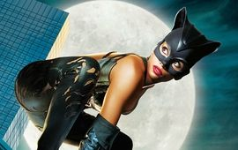 Halle Berry ne regrette pas l'horrible Catwoman (et le gros salaire qui allait avec)