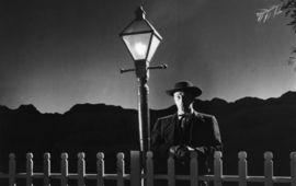 La Nuit du Chasseur : le conte ultime sur l'enfance, avec Robert Mitchum en croquemitaine
