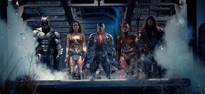 Justice League, Les Gardiens de la Galaxie 2, Alien : Covenant, La Belle et la Bête, Transformers 5 et Dunkerque dévoilent de nouvelles images en même temps